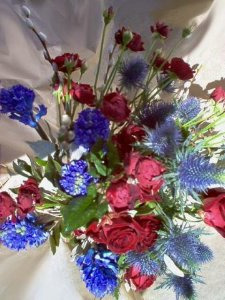 Foto  Red and Blue bouquet